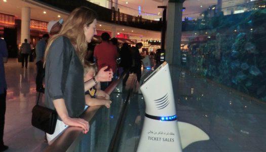 Dubai Aquarium installs service robots