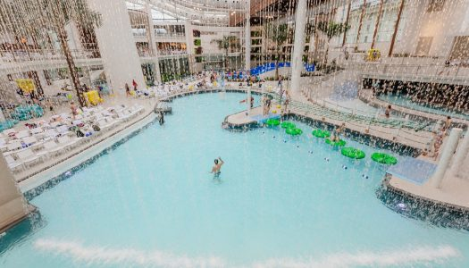 Upscale water resort opens at Gaylord Opryland
