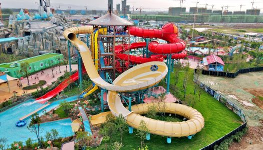 World's first Orbiter water slide debuts at Adventure Bay, China